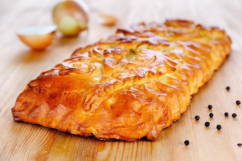 Пирог с рисом и картошкой с