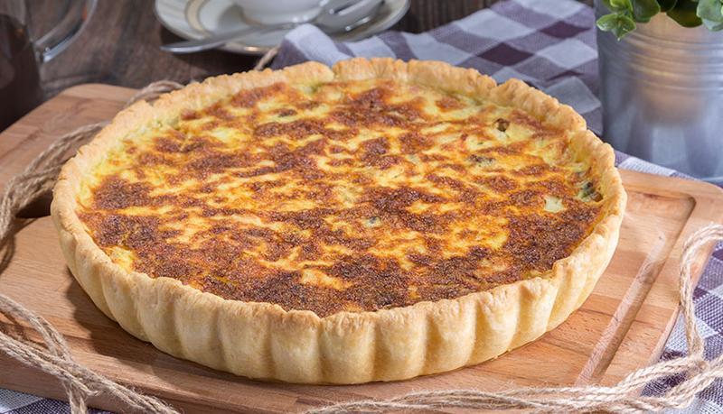 Мясной пирог из дрожжевого тестаы