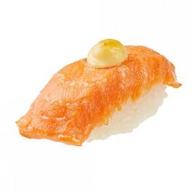Нигири запеченный лосось - Фото