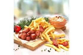 Картофель фри с беконом, соус лечо - Фото