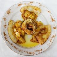 Блинчики с яблоком, сливочным маслом Фото