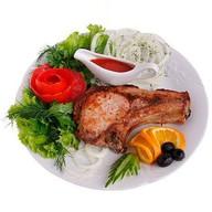 Корейка свиная на кости в соевом соусе Фото