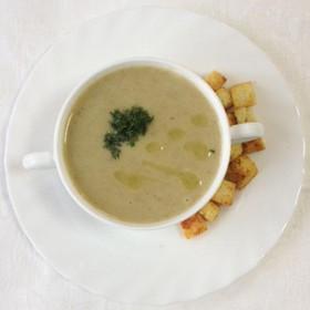 Суп-пюре грибной с сухариками - Фото