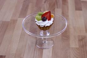 Корзиночка сливки с фруктами - Фото