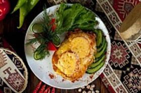 Запеченная куриная грудка с креветками - Фото