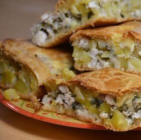 Пирог с курицей и картошкой - Фото