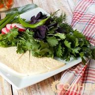 Домашний сыр с зеленью Фото
