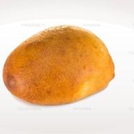 Пирожок с зеленым луком и яйцом Фото