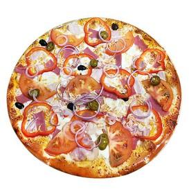 Пицца с грудинкой и ветчиной - Фото