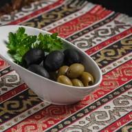 Греческие маслины, оливки Фото