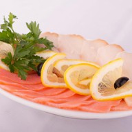 Рыбная нарезка Фото