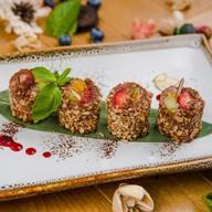 Шоколадный рисовый пудинг с клубникой Фото