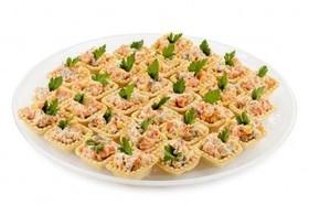 Тарталетки с мясным салатом - Фото