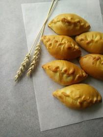 Фуршетные мини-пирожки с луком и яйцом - Фото