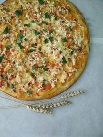 Пицца с копченой курочкой - Фото