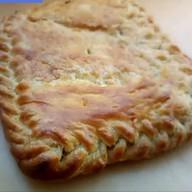 Пирог слоеный с сыром сулугуни, шпинатом Фото