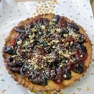 Пирог со сливой на песочном тесте Фото