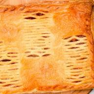 Пирог с творогом и грушей (слоеный) Фото