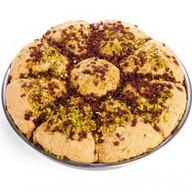 Халва арахисовая с грецким орехом Фото