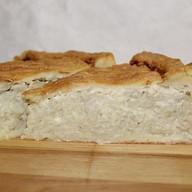 Пирог песочный с луком и сыром Фото