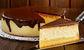 Чизкейк с шоколадным соусом - Фото