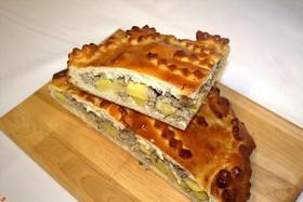Пирог с мясом и картофелем Лакомый - Фото