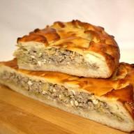 Пирог мясной с капустой Фото