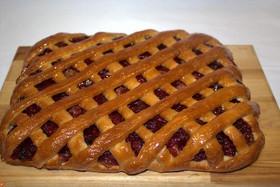Пирог яблоком и клюквой - Фото