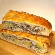 Пирог со скумбрией и картофелем Фото