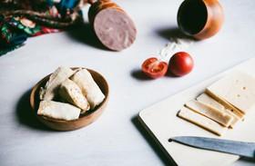 Блинчики с сыром и ветчиной - Фото