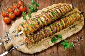 Картофель с салом на мангале - Фото