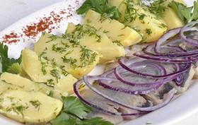 Сельдь с картофелем - Фото