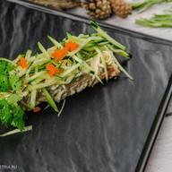Салат с крабом и огурцом Фото