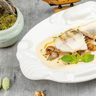 Филе судака с грибами и луком-порей Фото