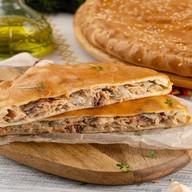 Пирог с горбушей (сметанно-дрожжевой) Фото