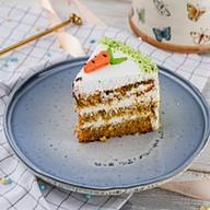Пирожное морковное Фото