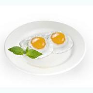 Глазунья из 2 яиц Фото