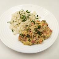 Фрикасе из курицы с овощами с рисом Фото