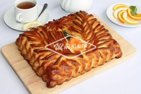 Пирог с семгой (заказ за сутки) - Фото