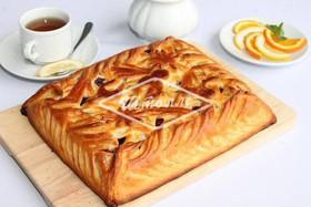 Пирог с вишней, творогом(заказ за сутки) - Фото