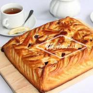 Пирог с вишней, творогом(заказ за сутки) Фото