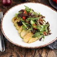Сочная телячья вырезка с теплыми овощами Фото
