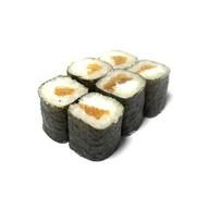 Ролл с лососем и сыром Фото