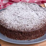 Шоколадный пирог с вишней Фото