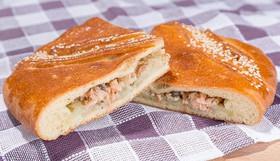 Пирог с горбушей и картофелем - Фото