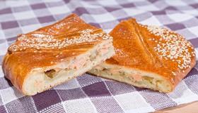 Пирог с семгой и картофелем - Фото