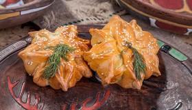 Пирожок с курицей и сыром - Фото