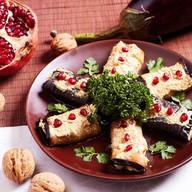Рулеты из баклажанов с ореховой начинкой Фото