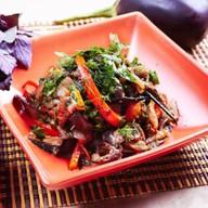 Теплый салат из баклажанов Фото
