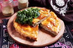 Пирог с курино-сырной начинкой - Фото
